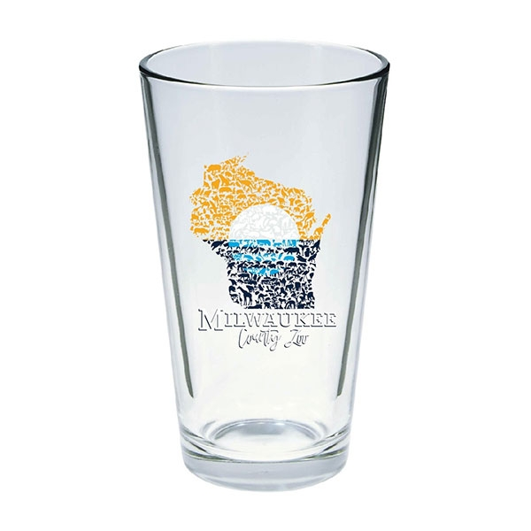 MILWAUKEE FLAG PINT GLASS